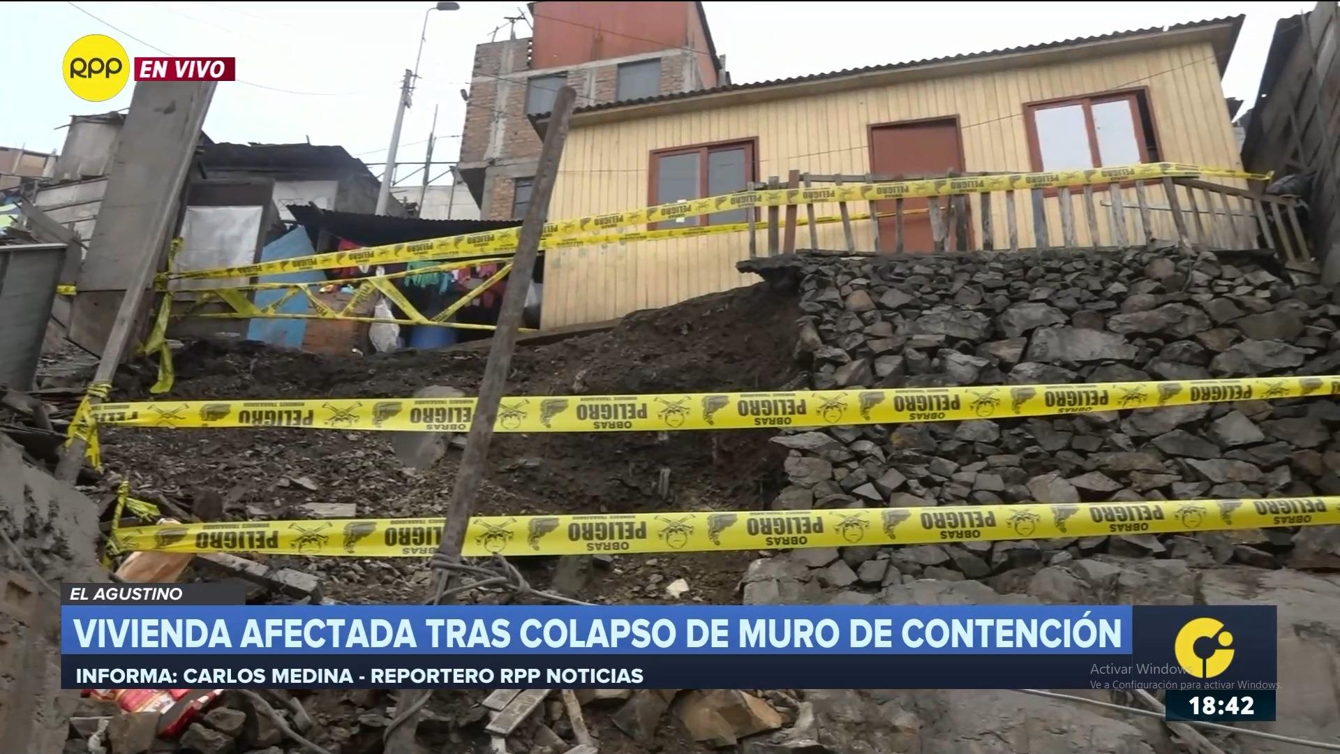 El derrumbe no dejó heridos, pero sí daños materiales en una vivienda contigua.