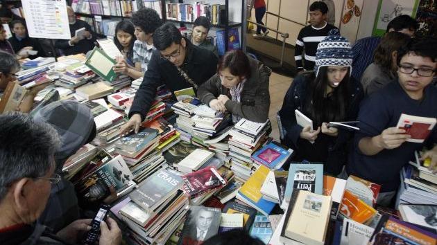 En octubre pasado, la Cámara Peruana del Libro advertía que de no aprobarse esta norma los precios de estos textos hubiesen subido entre 20 y 25 por ciento.