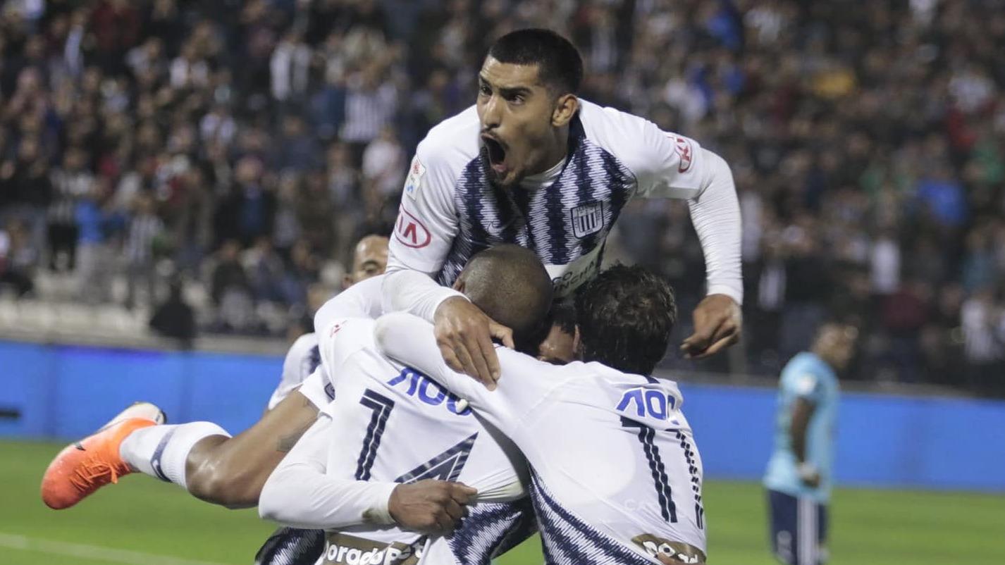 Adrián Balboa puso el segundo gol de Alianza Lima.
