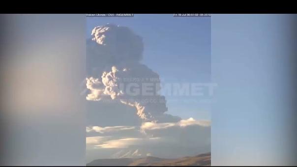 El Instituto Geológico Minero y Metalúrgico (Ingemmet) monitoreó la activida del volcán Ubinas