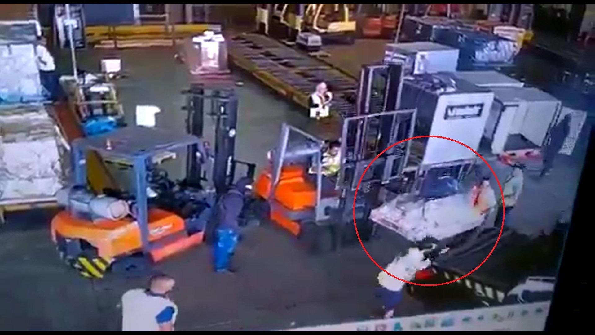 El robo duró menos de tres minutos desde la llegada de los ladrones al almacén del aeropuerto de Sao Paulo.