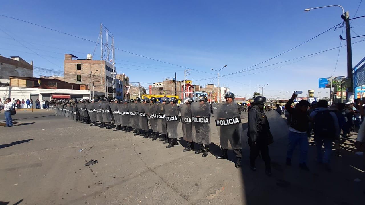 La fiscalía no descarta investigar a algunas autoridades y dirigentes que promueven la protesta.