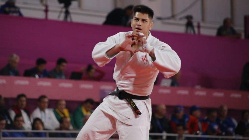 El peruano no pudo contener las lágrimas tras ganar la medalla de bronce.