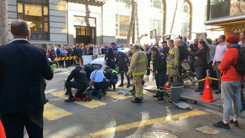 Los ciudadanos redujeron al atacante hasta que llegó la Policía.