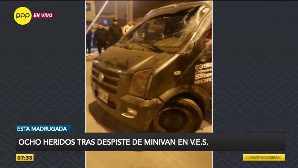 Así quedó la minivan tras el accidente
