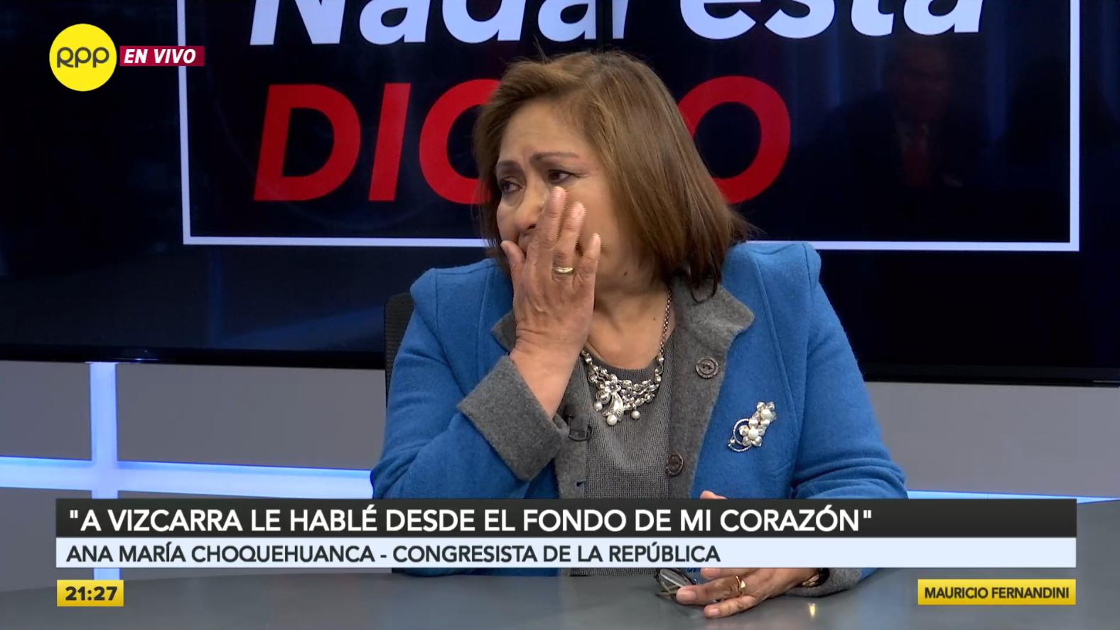 La congresista Ana María Choquehuanca se quebró en el programa Nada Está Dicho.