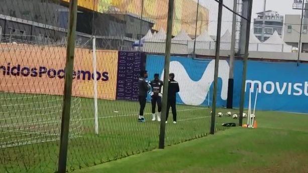 La Selección Peruana ya entrena de cara a los amistosos.