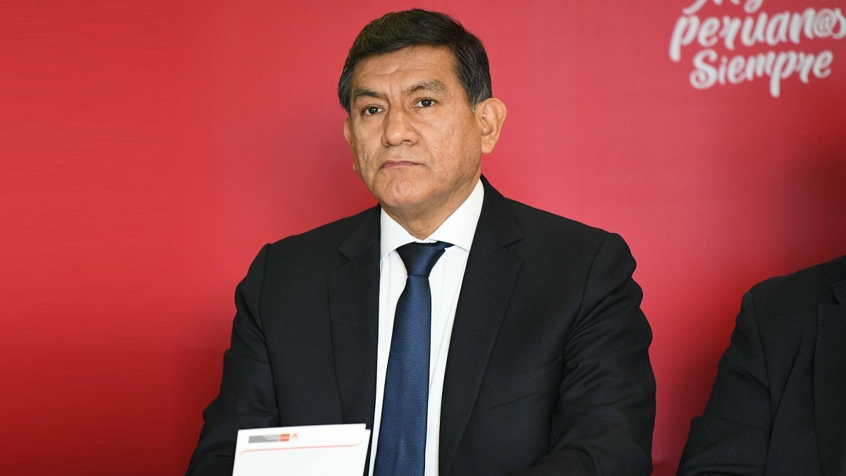Carlos Morán, ministro del Interior.