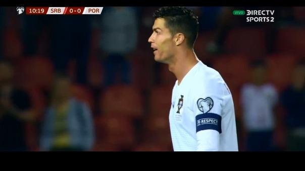 El portugués no pudo contener su molestia al no poder marcar el primero del encuentro.