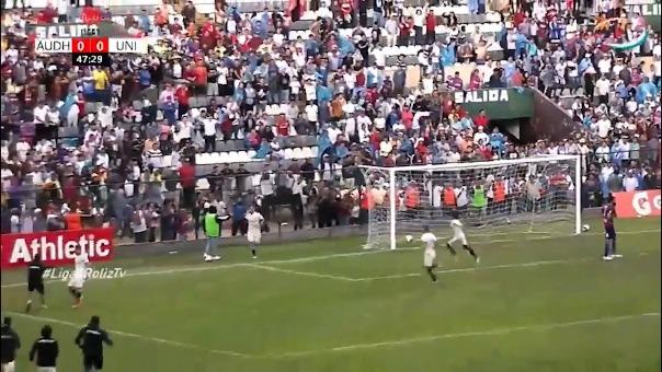 Así fue el gol de Alejandro Hohberg en Huánuco.