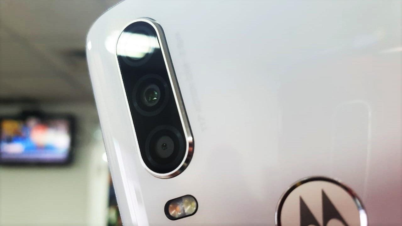 Así captura video el lente angular del Motorola One Action