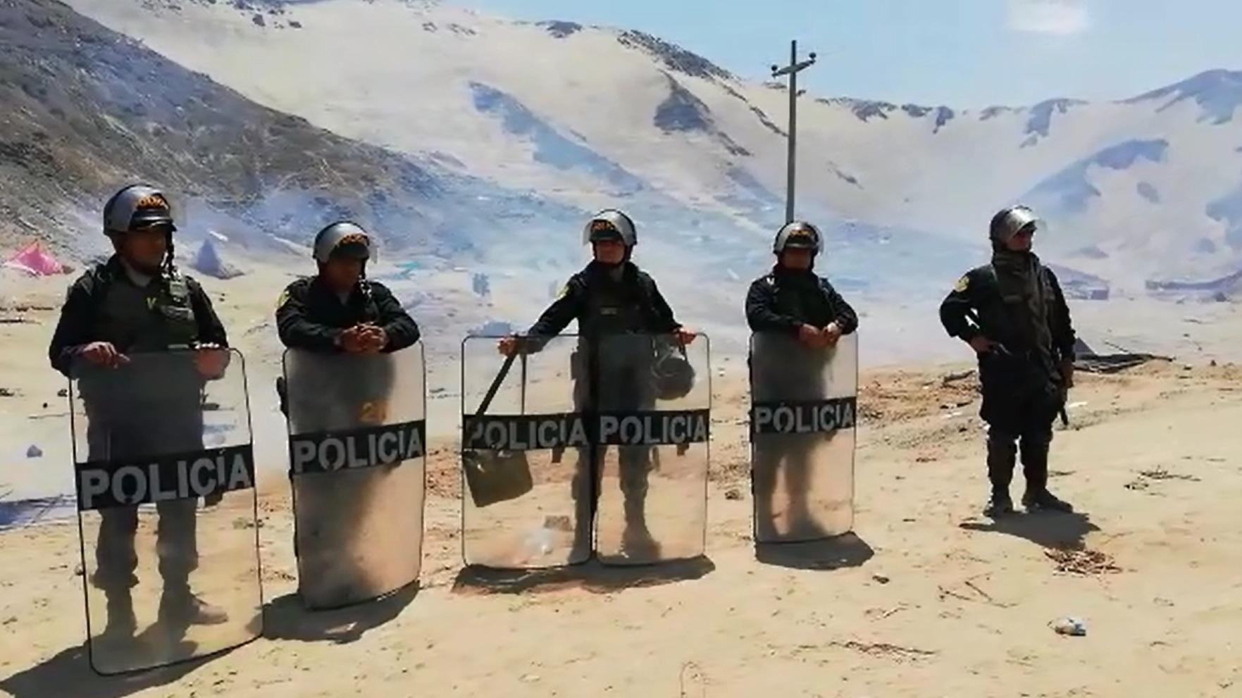 La Policía se encuentra en proceso de identificación de los invasores y hay varios detenidos, informó el general PNP Oscar Gonzales.