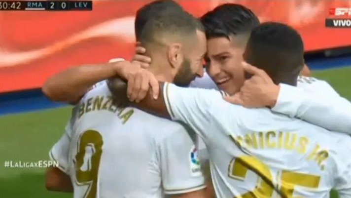 Segundo gol de Karim Benzemá.