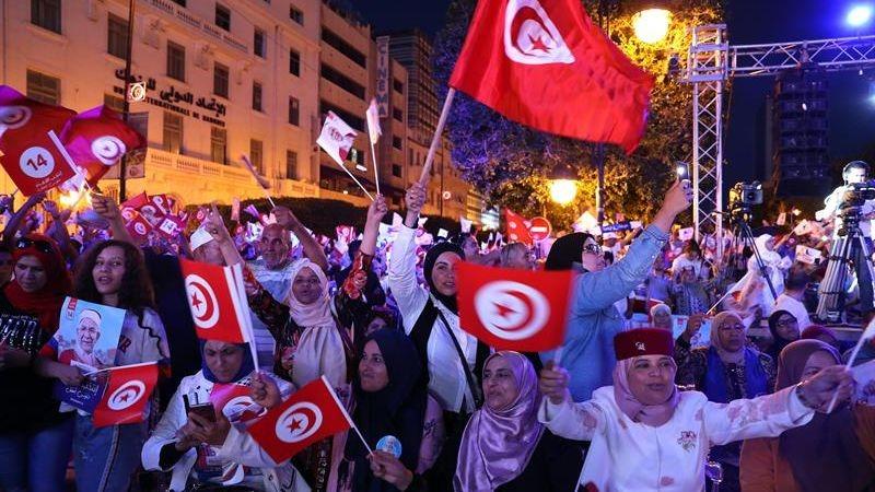 Cerca de 7 millones de tunecinos están llamados a las urnas.