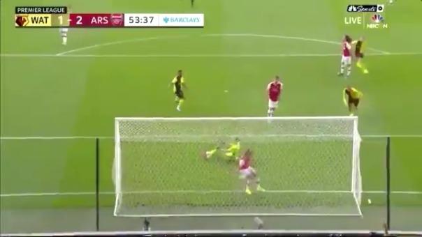 Así fue el error de Sokratis que provocó el primer gol de Watford.