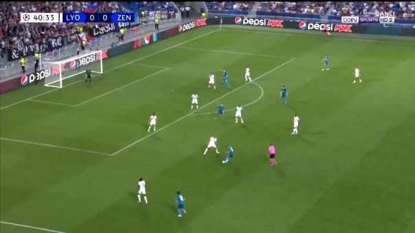Sardar Azmoun marcó el primer tanto de la Champions League