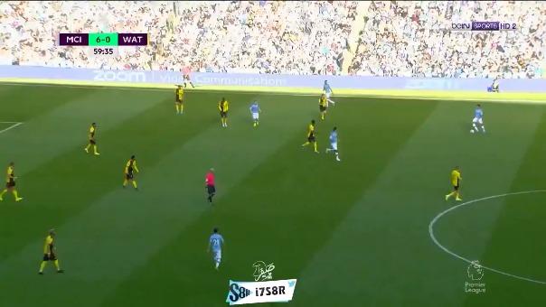 Así fue el tercer tanto de Bernardo Silva en la goleada ante Watford.