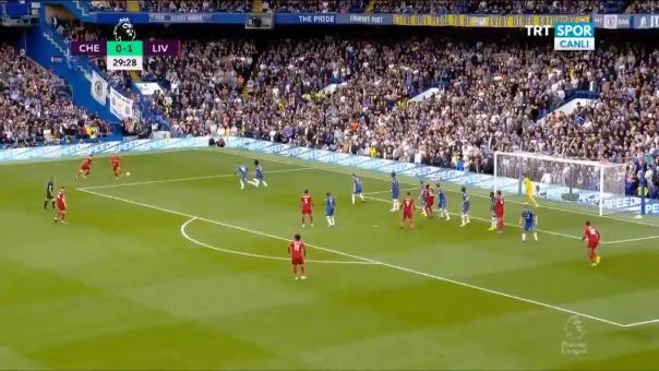 Roberto Firmino marcó el segundo gol a favor de Liverpool ante Chelsea por la Premier League
