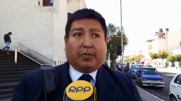 Adrián Tejada, abogado del detenido,
