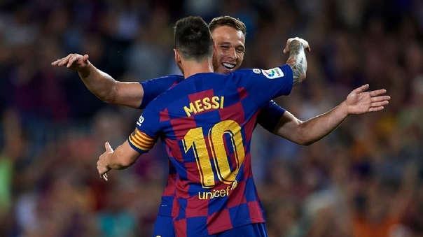 Así fue el golazo que Arthur le marcó al Villarreal.