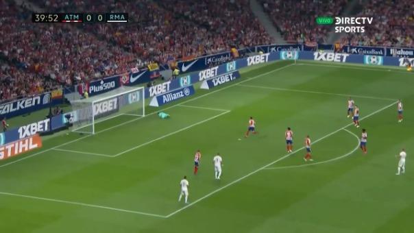 Así fue el remate de Toni Kroos ante Atlético de Madrid que casi termina en gol.