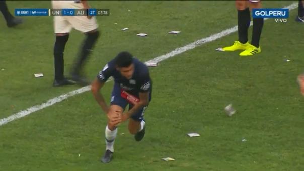 Así fue el cabezazo de Carlos Beltrán que estuvo cerca de terminar en gol.