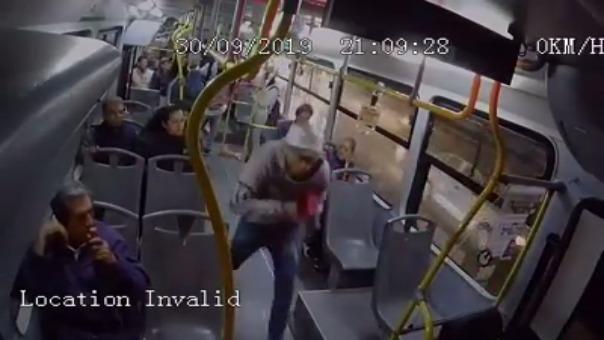 Las imágenes del asalto captadas desde otro ángulo.