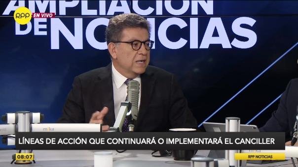 Gustavo Meza-Cuadra juró como ministro de Relaciones Exteriores en el gabinete de Vicente Zeballos.
