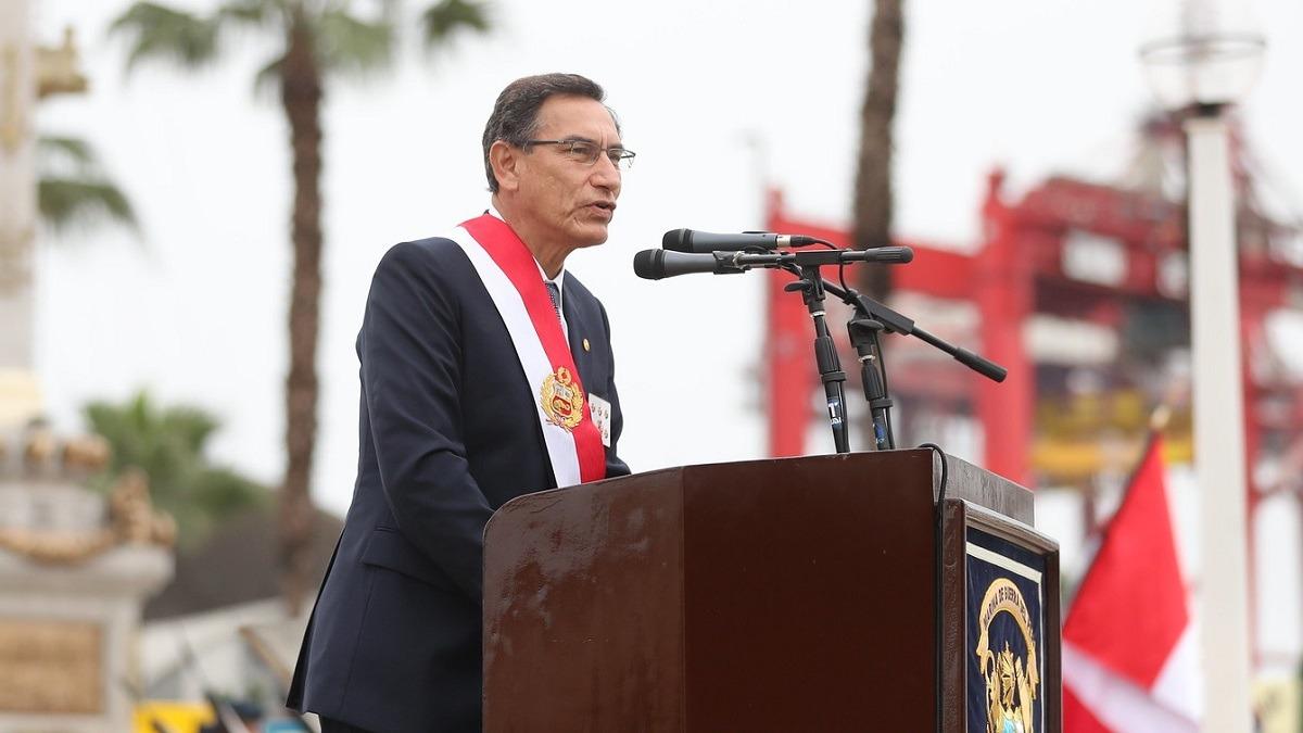 El jefe de Estado participó en el 198° aniversario de la creación de la Marina de Guerra del Perú y el 140° aniversario del Combate Naval de Angamos.