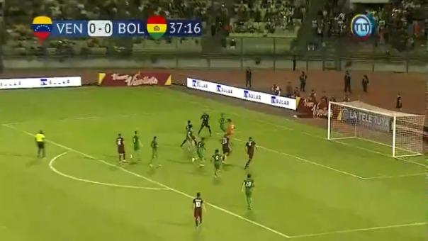 Así marcó Yangel Herrera el primer gol de Venezuela.