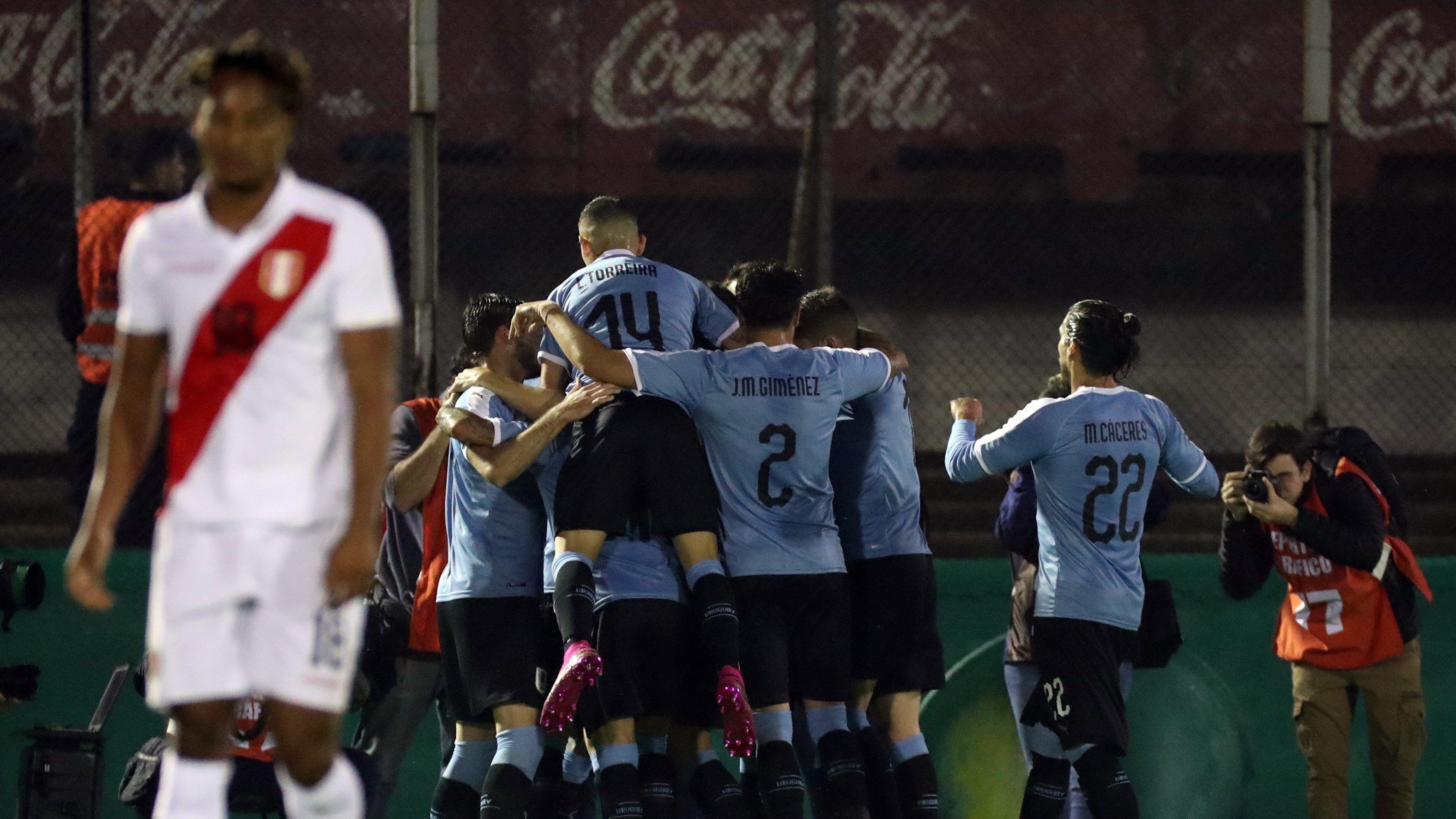 Uruguay venció 1-0 a Perú en amistoso por fecha FIFA en Montevideo.