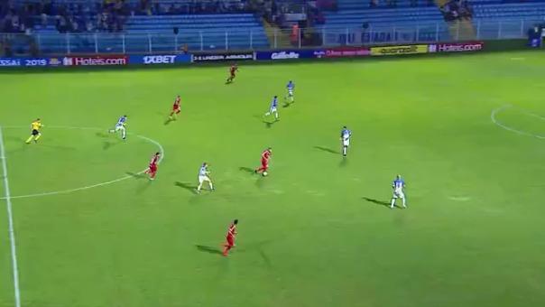 La fantástica jugada de Paolo Guerrero que casi termina en gol de Inter de Porto Alegre por el Brasileirao