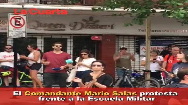 Mario Salas entrena en estos momentos al Colo Colo.