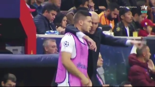 Zinedine Zidane y Jovic.