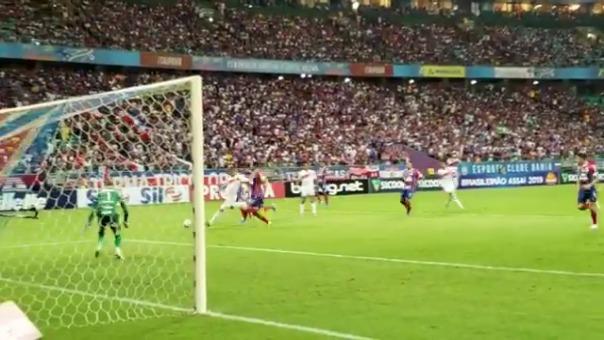 Así fue el gol de Paolo Guerrero ante Bahía.
