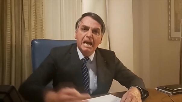 Jair Bolsonaro respondió enfurecido a las acusaciones que lo vinculan con el asesinato de una concejal.
