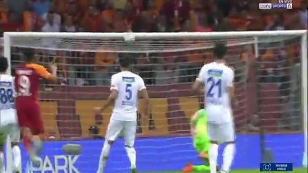 Así fue el gol del debut de Radamel Falcao.