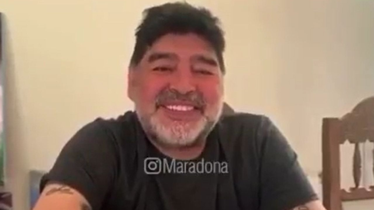 Diego Maradona le responde a Giannina, su hija.