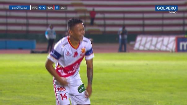 Edenilson Gonzáles sufrió fuerte lesión.