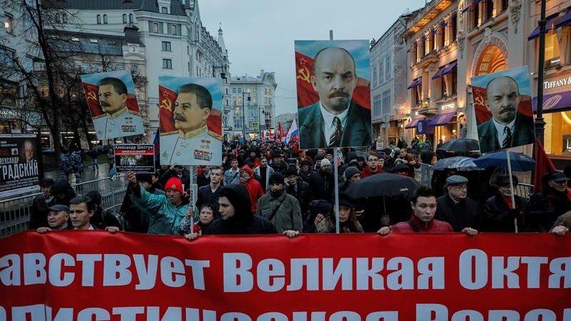 Los comunistas rusos realizaron una marcha y un mitin en Moscú.