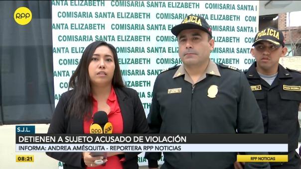 Andrea Amésquita conversa con el mayor Vargas de la Comisaría de Santa Elizabeth.
