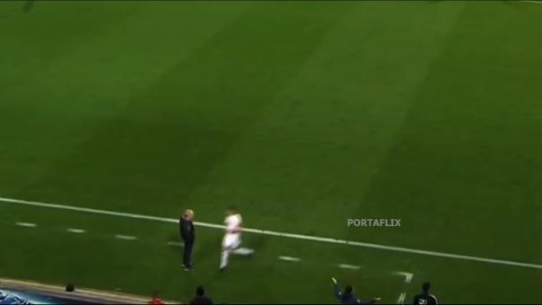 Así fue la agresión de David Abraham de la que todo el mundo habla en la Bundesliga.