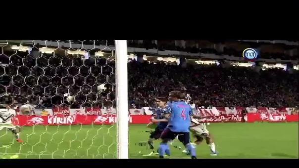 Así fue el primer gol de Salomón Rondón ante Japón.