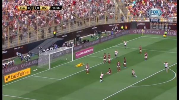 Así fue el gol de Santos Borré ante Flamengo.