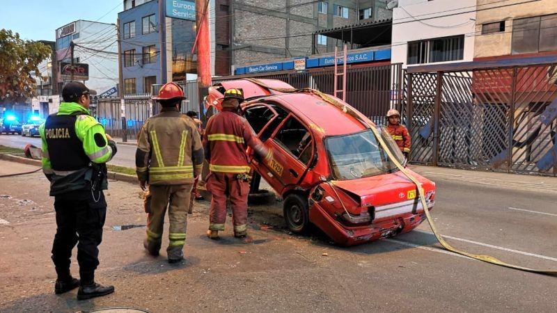 Así quedó el automóvil tras el accidente.