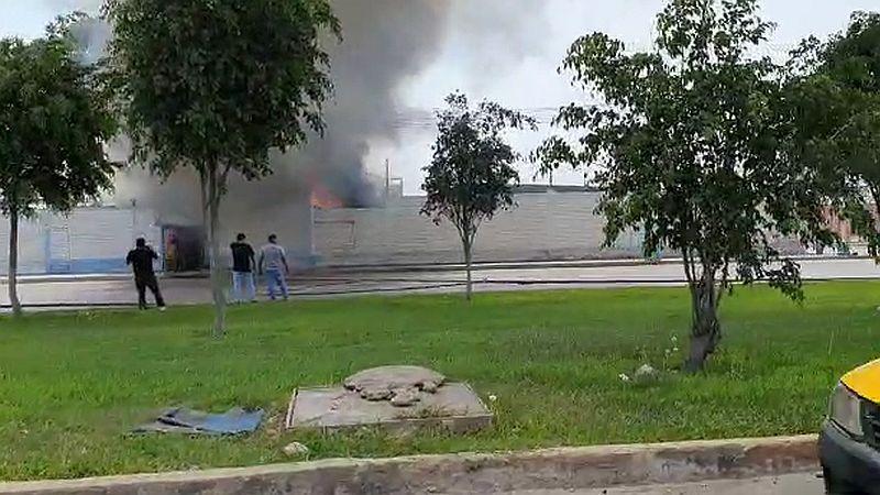 Oyentes de RPP Noticias compartieron a través del Rotafono imágenes del incendio.