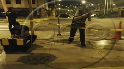 Dos delincuentes asaltaron y balearon a un hombre en Surco.
