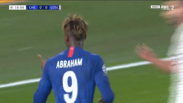 Así fue el gol de Tammy Abraham contra el LOSC Lille.