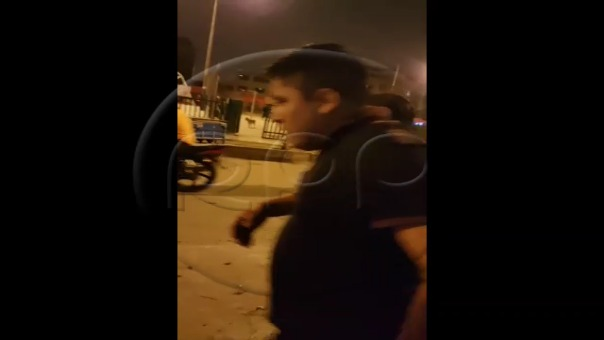 Carlos Bryan Cordero García es capturado por la familia de la víctima y llevado a la sede de la Depincri en Ate.