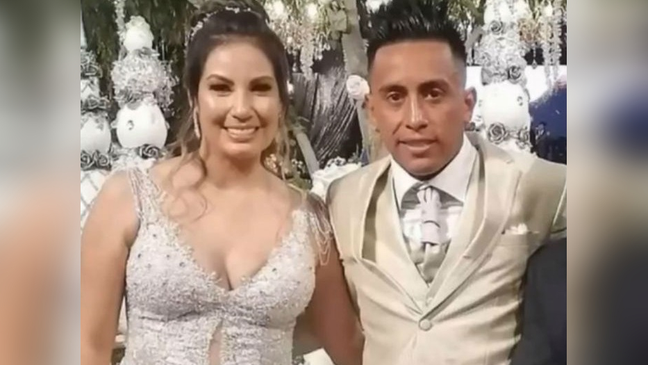El baile de Christian Cueva y Pamela López.